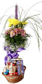 İzmir Konak çiçek satışı  Mevsim çiçekleri ve çikolata