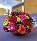 İzmir Konak uluslararası çiçek gönderme  güllerden masa parteri özel