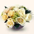 İzmir Konak çiçek siparişi sitesi  9 adet sari gül cam yada mika vazo da  İzmir Konak çiçek siparişi vermek