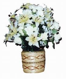 yapay karisik çiçek sepeti   İzmir Konak hediye çiçek yolla