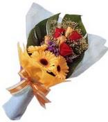 güller ve gerbera çiçekleri   İzmir Konak online çiçek gönderme sipariş