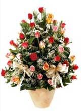91 adet renkli gül aranjman   İzmir Konak online çiçek gönderme sipariş