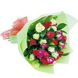 12 adet renkli gül buketi   İzmir Konak online çiçek gönderme sipariş