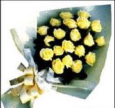 sari güllerden sade buket  İzmir Konak anneler günü çiçek yolla