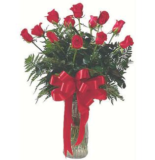 12 adet gül cam içerisinde  İzmir Konak çiçek gönderme sitemiz güvenlidir