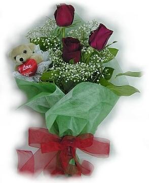 3 adet gül ve küçük ayicik buketi  İzmir Konak İnternetten çiçek siparişi