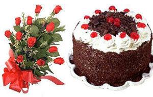 İzmir Konak kaliteli taze ve ucuz çiçekler  12 ADET KIRMIZI GÜL BUKET VE YASPASTA