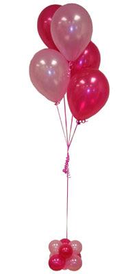 Sevdiklerinize 17 adet uçan balon demeti yollayin.  İzmir Konak çiçek servisi , çiçekçi adresleri