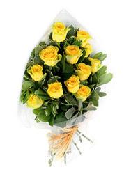 İzmir Konak çiçek siparişi sitesi  12 li sari gül buketi.