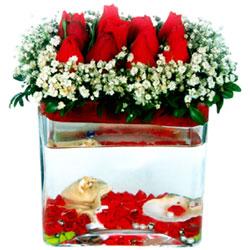 İzmir Konak İnternetten çiçek siparişi  12 adet kirmizi gül cam yada mika vazoda