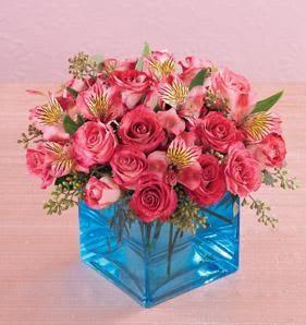 İzmir Konak çiçek yolla , çiçek gönder , çiçekçi   13 adet kirmizi gül ve cam yada mika vazo