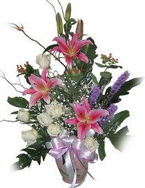 İzmir Konak güvenli kaliteli hızlı çiçek  Görsel aranjman tanzimi - Görsellikte son sinir -