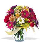 İzmir Konak anneler günü çiçek yolla  cam yada mika vazo içerisinde karisik kir çiçekleri