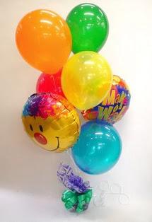 İzmir Konak çiçek siparişi vermek  17 adet uçan balon ve küçük kutuda çikolata