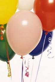 İzmir Konak çiçek online çiçek siparişi  19 adet renklis latex uçan balon buketi