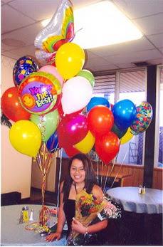 İzmir Konak kaliteli taze ve ucuz çiçekler  49 adet karisik renkte uçan balonlar buketi