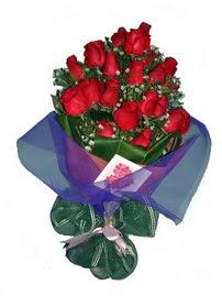 12 adet kirmizi gül buketi  İzmir Konak çiçek yolla , çiçek gönder , çiçekçi