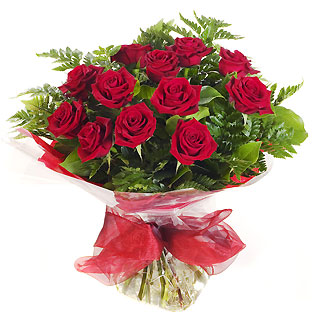 Ucuz Çiçek siparisi 11 kirmizi gül buketi  İzmir Konak çiçek , çiçekçi , çiçekçilik