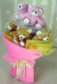 8 adet ayiciktan buket  İzmir Konak İnternetten çiçek siparişi