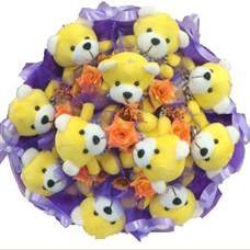 11 adet pelus ayicik buketi  İzmir Konak hediye çiçek yolla