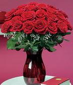 İzmir Konak çiçek , çiçekçi , çiçekçilik  11 adet Vazoda Gül sevenler için ideal seçim
