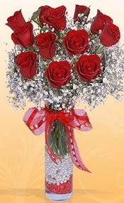 10 adet kirmizi gülden vazo tanzimi  İzmir Konak çiçek mağazası , çiçekçi adresleri