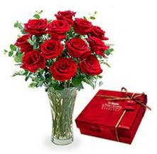 İzmir Konak çiçek servisi , çiçekçi adresleri  10 adet cam yada mika vazoda gül çikolata