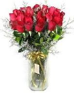 27 adet vazo içerisinde kırmızı gül  İzmir Konak çiçek siparişi vermek