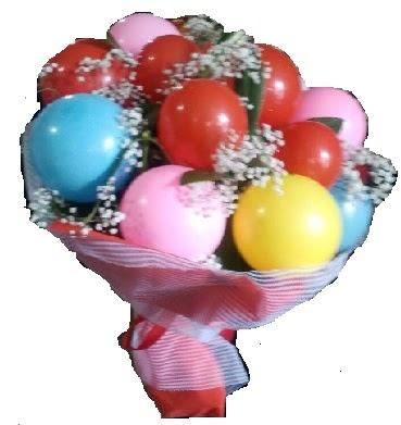 13 adet renkli balondan gerçek balon buketi