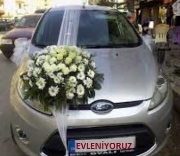 İzmir Konak hediye sevgilime hediye çiçek  Gelin arabası süslemesi