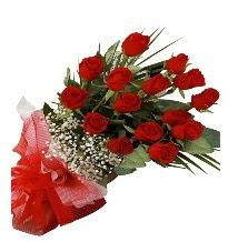 15 kırmızı gül buketi sevgiliye özel  İzmir Konak online çiçek gönderme sipariş