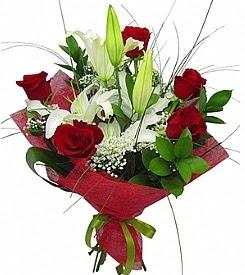 1 dal kazablanka 5 kırmızı gül buketi  İzmir Konak çiçekçi mağazası
