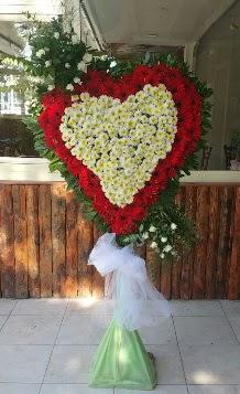 Düğün Nikah pano özel tanzimi  İzmir Konak kaliteli taze ve ucuz çiçekler