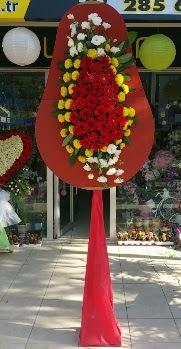 İzmir Konak 14 şubat sevgililer günü çiçek  Düğün nikah açılış çiçeği modeli