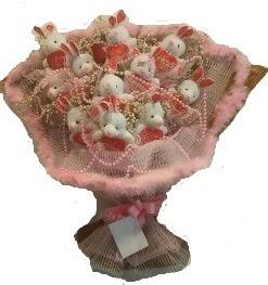 12 adet tavşan buketi  İzmir Konak hediye çiçek yolla