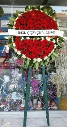 Cenaze çelenk çiçeği modeli  İzmir Konak çiçekçi mağazası