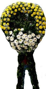 Cenaze çiçek modeli  İzmir Konak yurtiçi ve yurtdışı çiçek siparişi