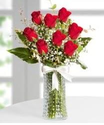 7 Adet vazoda kırmızı gül sevgiliye özel  İzmir Konak çiçek mağazası , çiçekçi adresleri