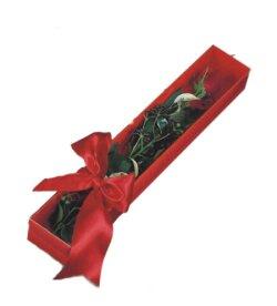 İzmir Konak çiçek , çiçekçi , çiçekçilik  tek kutu gül sade ve sik
