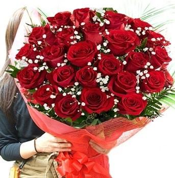 Kız isteme çiçeği buketi 33 adet kırmızı gül  İzmir Konak online çiçek gönderme sipariş