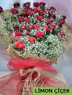 Kız isteme çiçeği buketi 33 kırmızı gülden  İzmir Konak kaliteli taze ve ucuz çiçekler