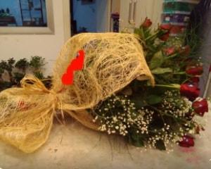 21 adet kırmızı gül kız isteme buketi  İzmir Konak cicekciler , cicek siparisi