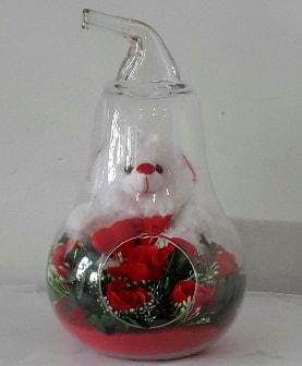 Orta boy cam armut Ayıcık ve yapay güller  İzmir Konak uluslararası çiçek gönderme
