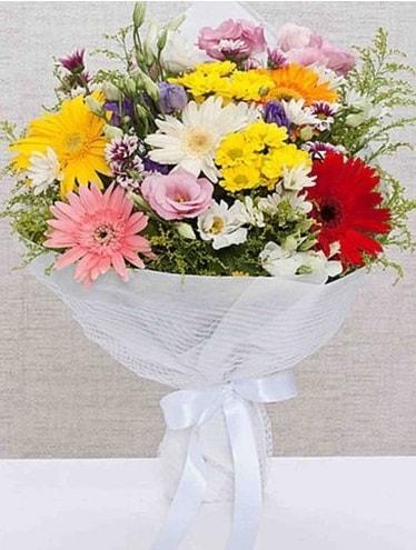 Karışık Mevsim Buketleri  İzmir Konak hediye sevgilime hediye çiçek