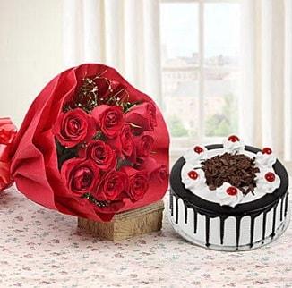 12 adet kırmızı gül 4 kişilik yaş pasta  İzmir Konak anneler günü çiçek yolla