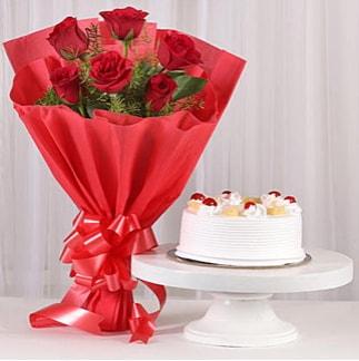 6 Kırmızı gül ve 4 kişilik yaş pasta  İzmir Konak anneler günü çiçek yolla