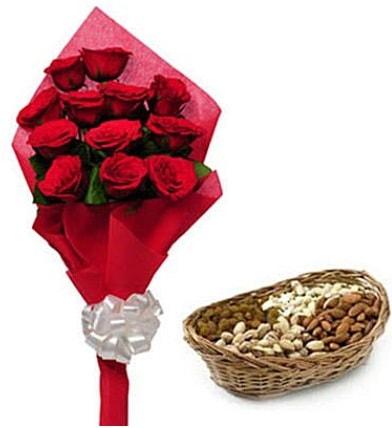 11 adet kırmızı gül ve sepette kuruyemiş  İzmir Konak kaliteli taze ve ucuz çiçekler