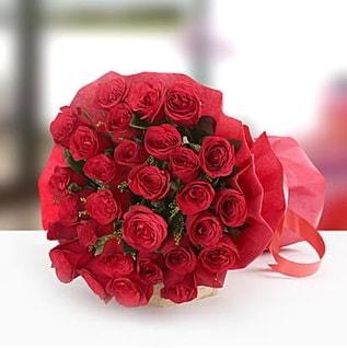 41adet kırmızı gül buket  İzmir Konak anneler günü çiçek yolla
