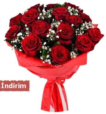12 Adet kırmızı aşk gülleri  İzmir Konak 14 şubat sevgililer günü çiçek