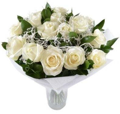 15 beyaz gül buketi sade aşk  İzmir Konak 14 şubat sevgililer günü çiçek
